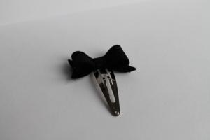Haarspeldje zwarte vilten strik
