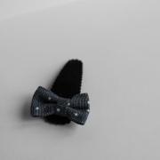 Zwart haarspeldje denim polkadots strikje