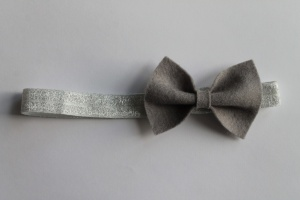 haarbandje grijze vilten strik