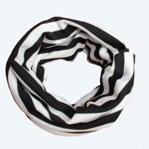 Zwart wit gestreept sjaaltje