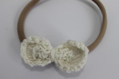 Nylon haarbandje gehaakte witte strik