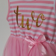 Verjaardagsjurk met tutu roze 2 jaar