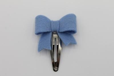 Haarspeldje sierlijke strik lichtblauw