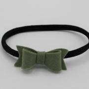 Zwart haarbandje met khaki vilten strik