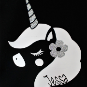 Shirt unicorn glitter gepersonaliseerd closeup