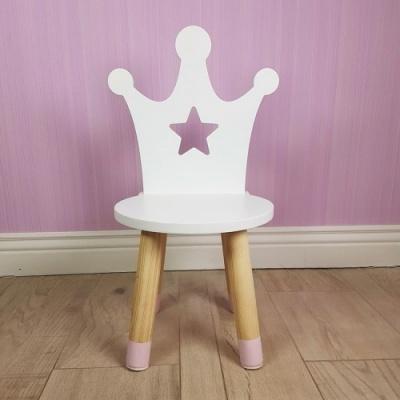 Houten stoeltje prinses