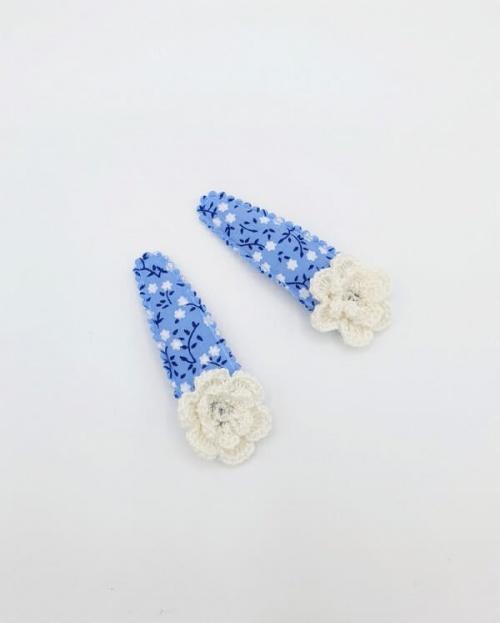 Setje haarspeldjes blauw met bloem